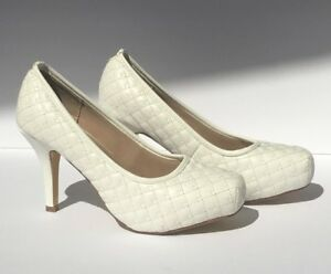 8d1be556b1c Details about White Kitten Heel Delicacy Mirna size 6 with 3.5