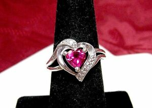 925-STERLING-SILVER-HEART-SHAPE-RUBY-AND-CRYSTAL-STONES-LOVE-RING-SIZE-7