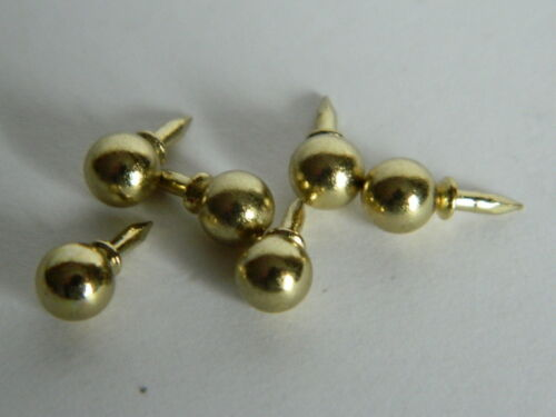 DOLLS HOUSE SET OF SIX PUSH IN BRASS KNOBS A11