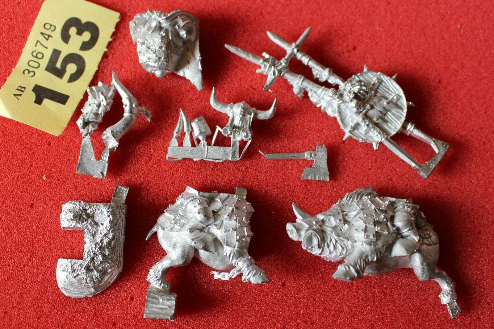 Juegos taller Warhammer Orcos Gorbad ironclaw Metal Figura Set Warboss jabalí fuera de imprenta