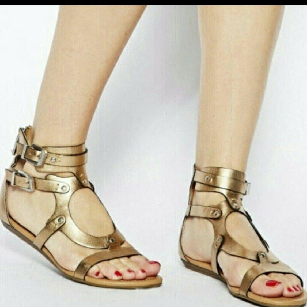 oro Lastro Gladiator Sandals by Report Signature.