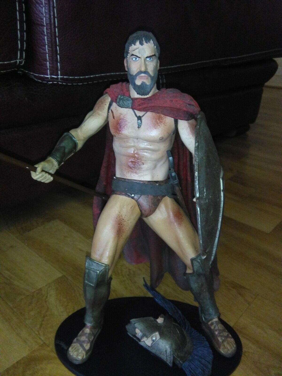 Figurine Leonidas 300 (parlante 32cms) à l'état neuf   Neca 2007