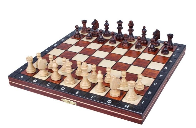 Brand New ♞Hand Crafted Magnetic Wooden Chess Set ♚