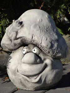 Steinfigur-Nr-458-Gnom-Pilz-05-TOLLI-mit-Frosch-ca-26-cm-ca-12-kg-Wetterfest
