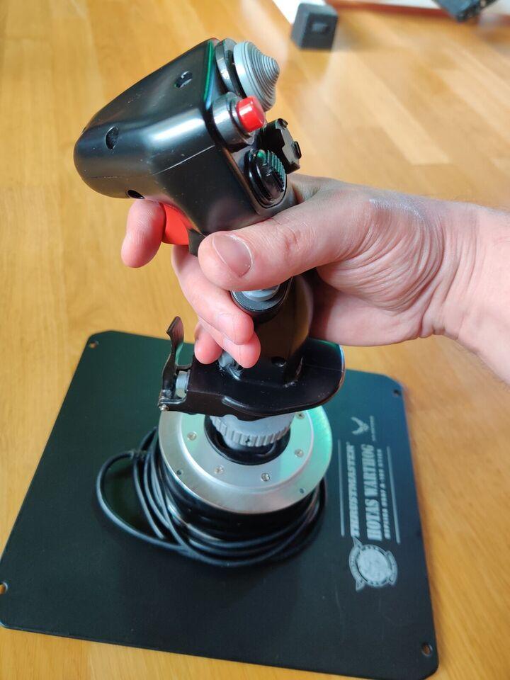 Andet, Thrustmaster Warthog joystick, God