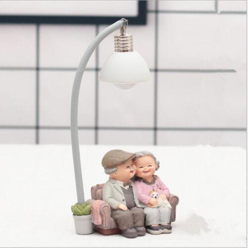 2Pcs Großeltern Opa /& Oma altes Paar Figuren Home Ornament Geschenk