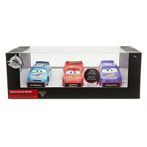 Disney-Cars-3-Lightning-Mcqueen-Deluxe-Die-Cast-Metal-Set-3-Piece-Ages-3-Race