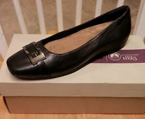 New Clarks Womens Candra Glare Black Leather Flat Ballet Loafer Shoes ALL SIZES