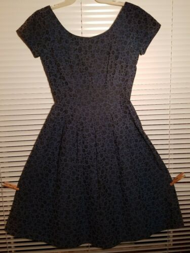 Minx Modes Blue-Black Cap Sleeve Dress Flared Skir