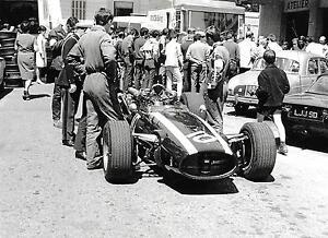 JOCHEN-RINDT-COOPER-MASERATI-VERY-RARE-2-PHOTOGRAPH-FOTO-MONACO-GRAND-PRIX-1967