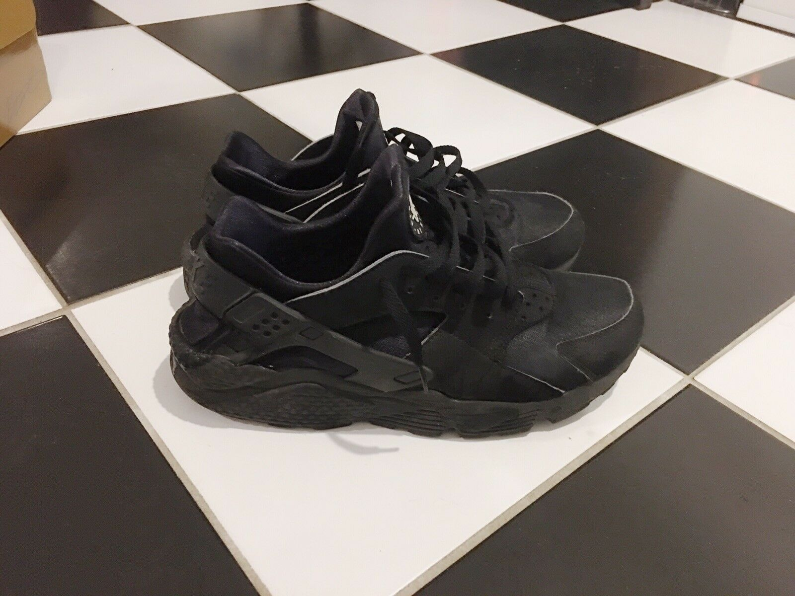 Clean Clean Clean Black Nike Air Huarache Men's shoes Size 10.5 Men's Great Condition    90bb4a