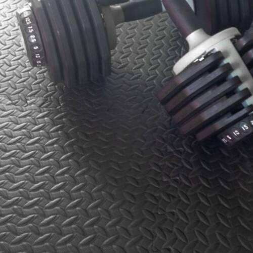 Puzzlematte Bodenschutz Matte Schutzmatte Fitnessmatte Unterlegmatte DE 12 Stk