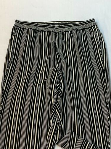 Chicos Pants or Jeans Size 2 Your Choice Large Variety Travelers Zenergy