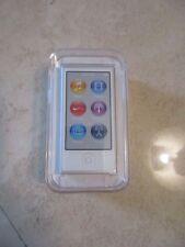 Apple iPod nano 7th Generation Silver (16GB) (Latest Model)
