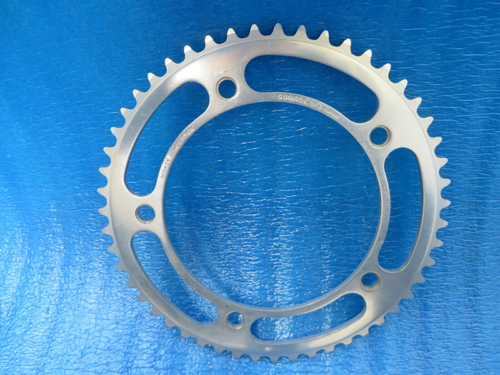 Sugino Mighty Competition 151BCD 18  BIA Chainring 51T Fixie Pista 19032102