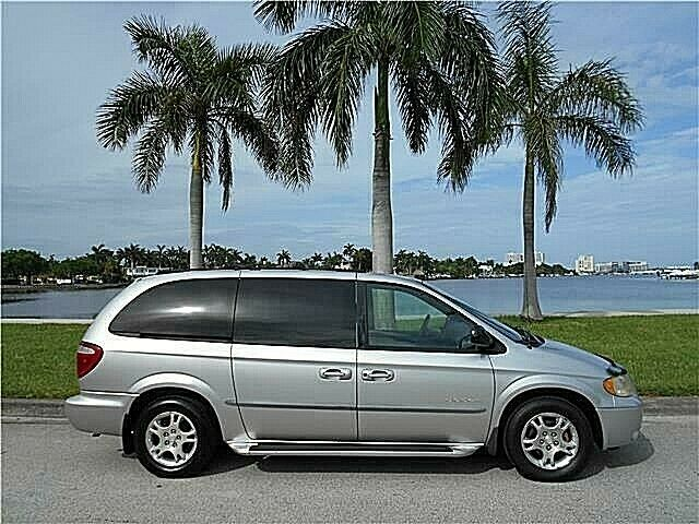 2001 Dodge Grand Caravan SPORT AWD ONLY 81K MILES ONE OWNER MUST SELL