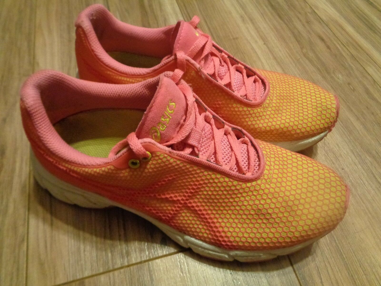 Asics RHAR Womens Size 6 RN T162N Pink & Yellow