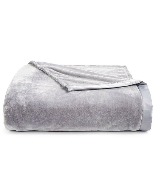 Berkshire Clic Velvety Plush Throw Blanket Super Soft Light Gray Grey King
