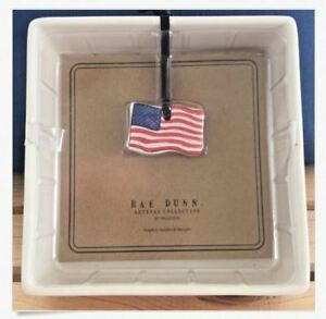 Rae-Dunn-by-Magenta-Napkin-Holder-4th-of-July-USA-Flag-Dated-2018-NEW-Sealed