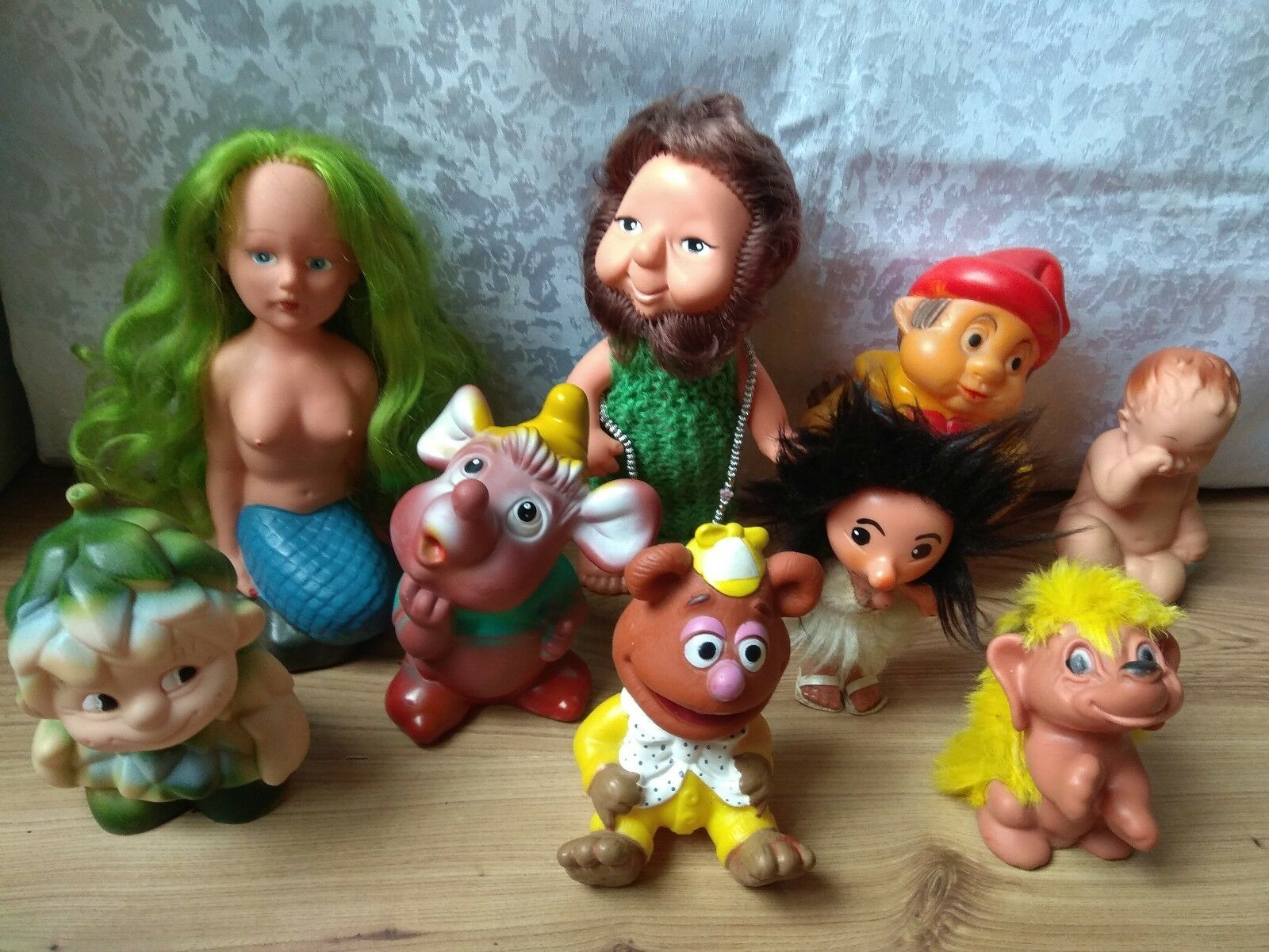 Rara VINTAGE antiguo muñeca de juguete de plástico y caucho set 9