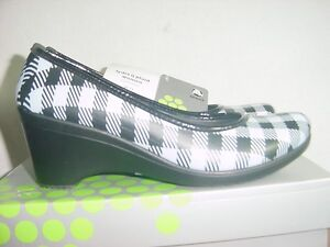 5691dd63dcefb Details about Women s Crocs - Lydia- Plaid - Size 11 NEW IN BOX