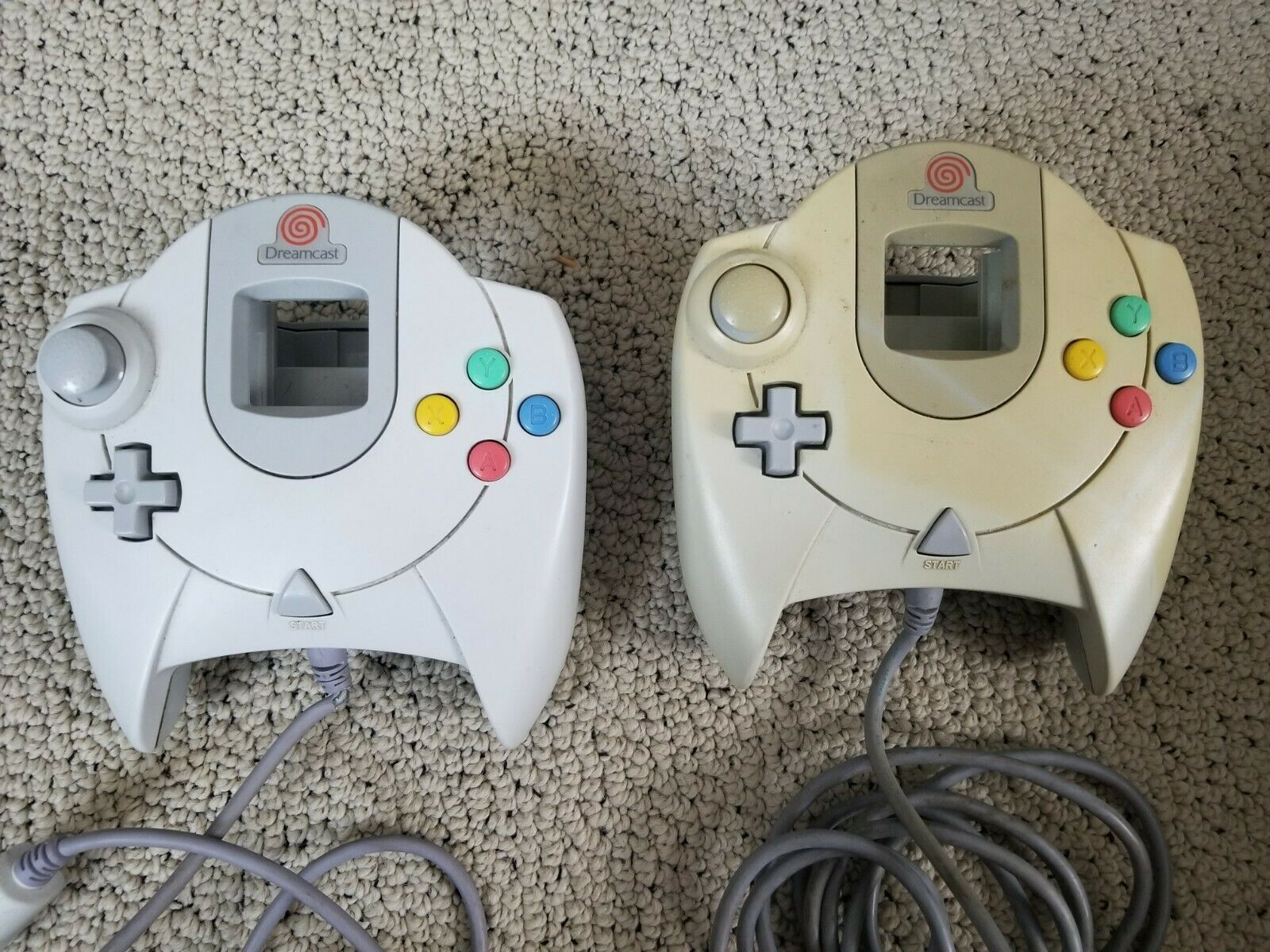 Sega Dreamcast Official Two White Controllers, Working