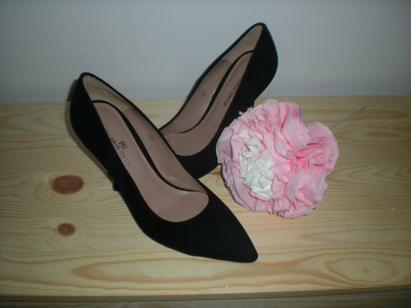 Elegant shoes signature Gloria ortiz size 37