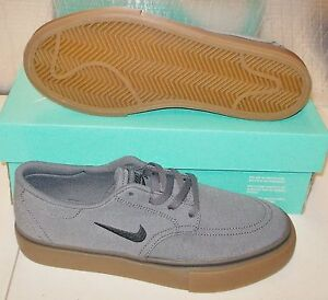 finest selection 20e43 5bb5e Image is loading NEW-NIKE-SB-CLUTCH-Womens-7-5-6Y-