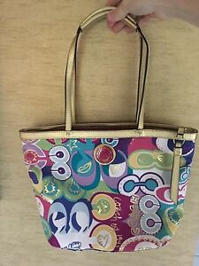 6a067eecc2f Barely Used Coach Poppy Pop C Signature Multi Colors Tote Bag | eBay