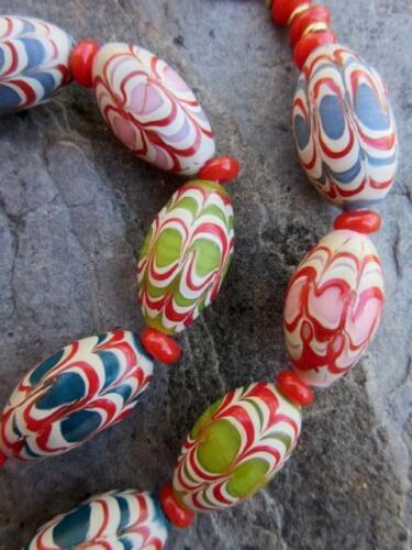 70886 Mixed Fancy Glass Beads