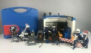 Playmobil Police Station 70327 Cops & Robbers Case Bundle Bikes Dog City Action