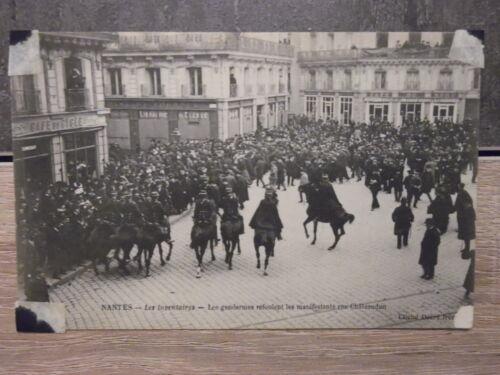 CPA - NANTES - Les inventaires - Les gendarmes refoulent les manifestants