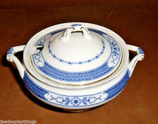 F. Winkle Whieldon Ware BEVERLEY Lidded Sugar Bowl Small Chip Vtg 1931