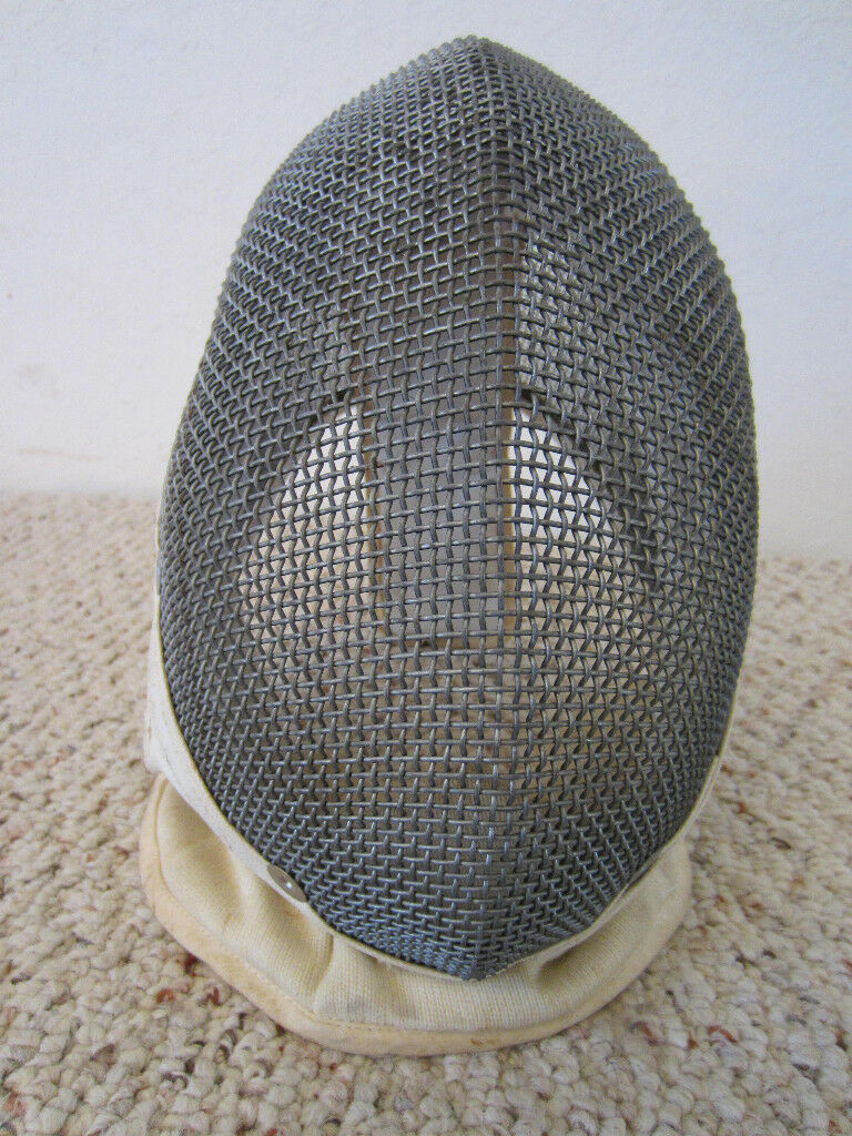 VINTAGE FENCING  SANTELLI  MADE, HEAVY MESH AND LEATHER FENCER'S PredECTIVE MASK