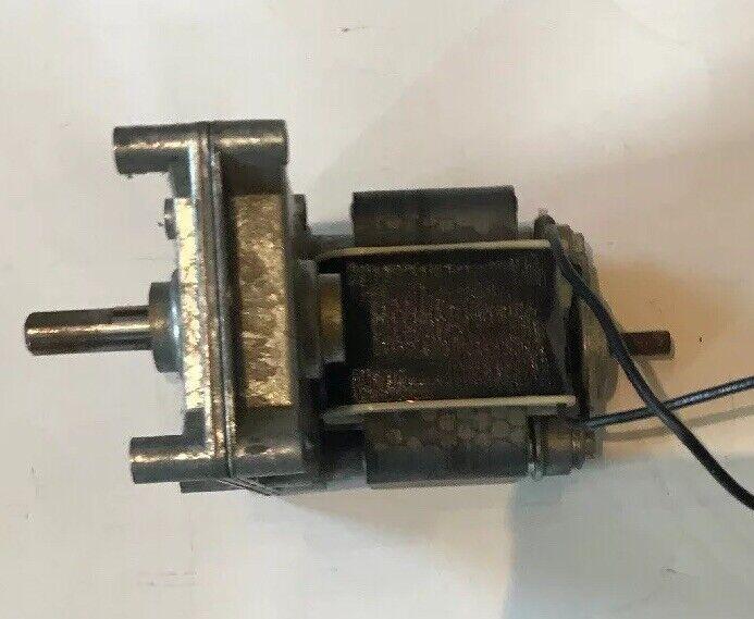 1MBG3 DAYTON AC Gearmotor,1.1 rpm,Open,115V