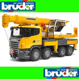 Truck Bruder 1:16 Scania Liebherr 62cm XXL Crane Light + Sound Module 03570
