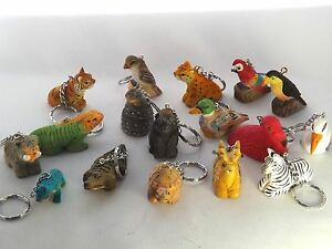 17-Jungle-Wooden-Keyrings-Keychains-PARTY-BAG-TOYS-GIFTS-FAVOURS