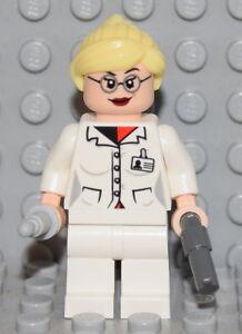 Harleen Quinzel Harley Quinn from 10937 Batman minifig LEGO SUPER HEROES Dr