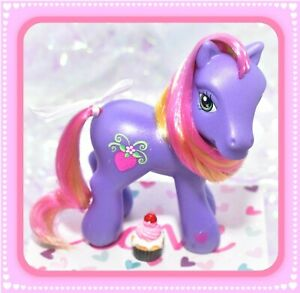 ❤️My Little Pony G3 Bumbleberry Scootin' Along Kimono Pose Strawberry❤️