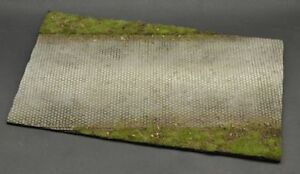 DioDump-DD138-Rural-road-1-35-scale-resin-grass-military-diorama-base