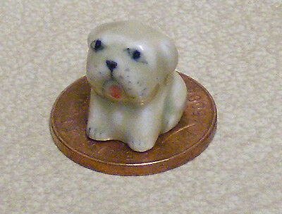 1:12 Scale Small Brown /& White Ceramic Puppy Dog Tumdee Dolls House Ornament O