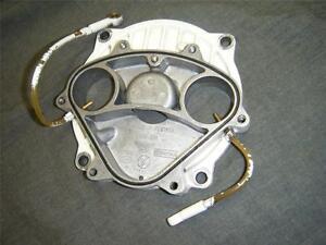 93-96-Seadoo-XP-657-650-Carburateur-Pompe-a-Huile-Entree-Collecteur-Bride-Rotary
