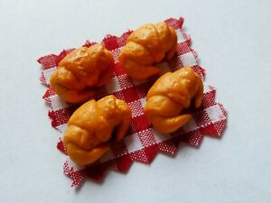 DOLLS-HOUSE-MINIATURE-FOOD-4-X-BREAKFAST-CROISSANTS-COMBINED-P-P