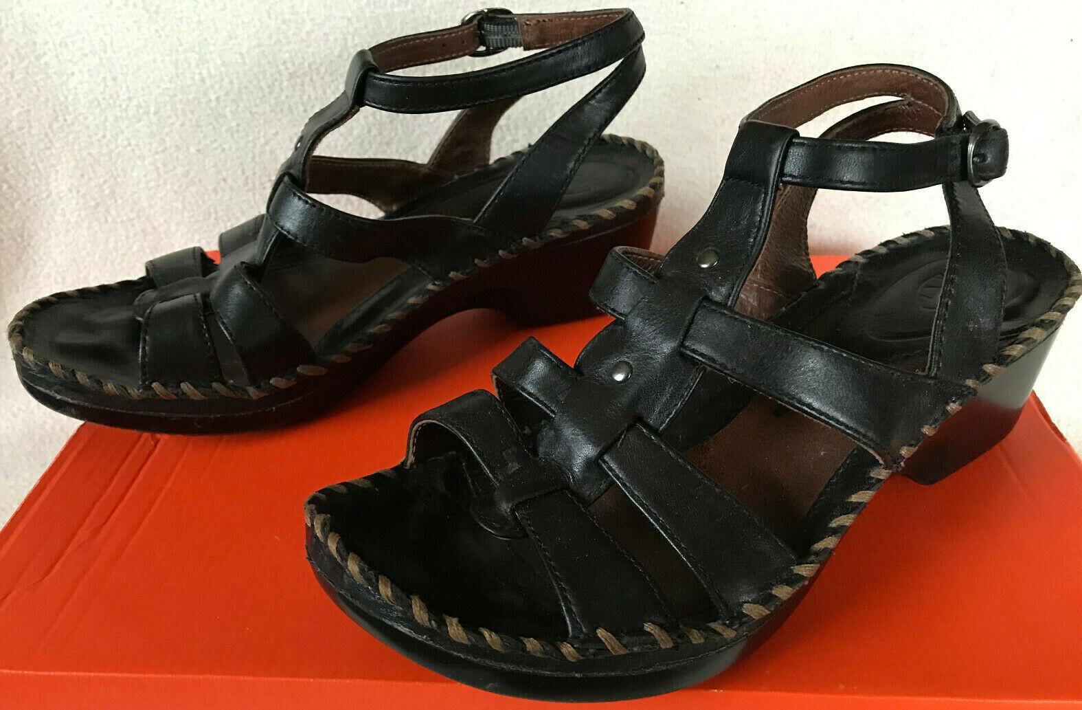 forniamo il meglio Ariat Miami Distressed 10007642 10007642 10007642 Dark Brn Cowboy Strap Sandals scarpe Donna  8.5  ti aspetto
