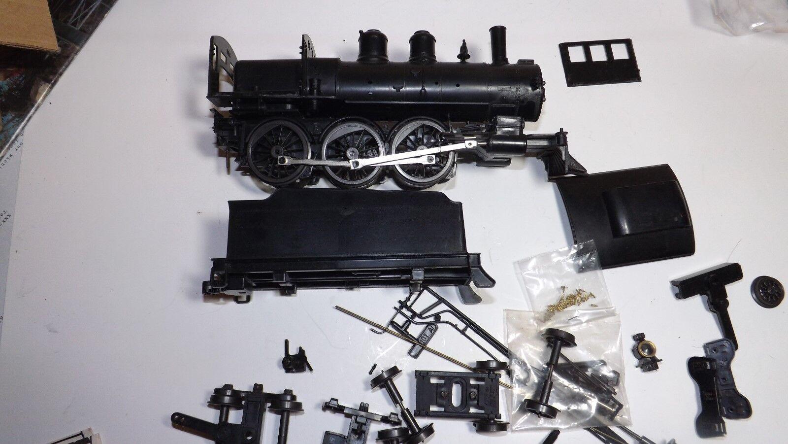 O escala rara Vintage Casey Jones 4-6-0 Plástico Kit no motorizada