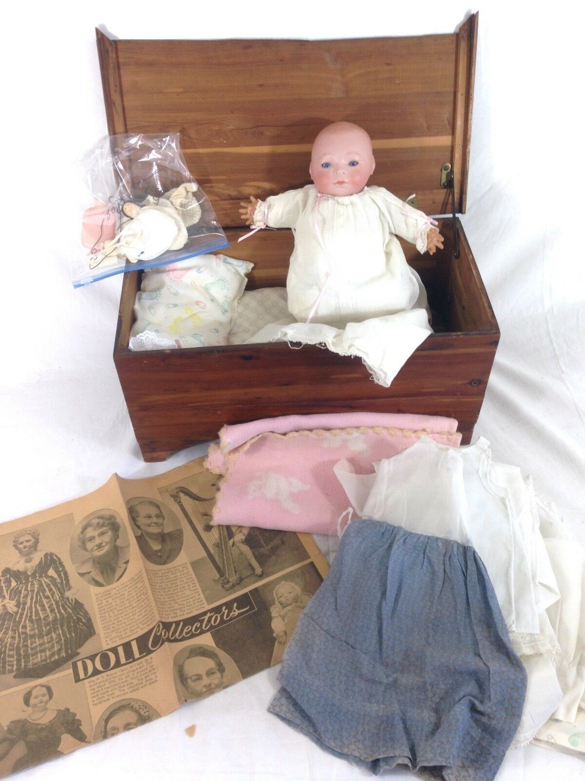ANTIQUE LOUIS AMBERG & SONS BISQUE DOLL C. 1914 + Clothes / Accessories