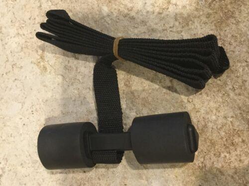 NEW wo packaging A Single Yakima Glass Hatch Back Hooks for Trunk Racks