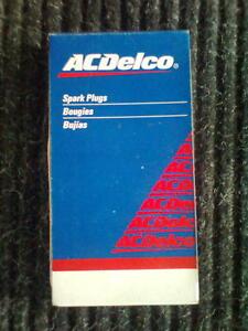 Buick-chevrolet-pontiac-oldsmobile-bujias-set-8-piezas-AcDelco-r43ts6