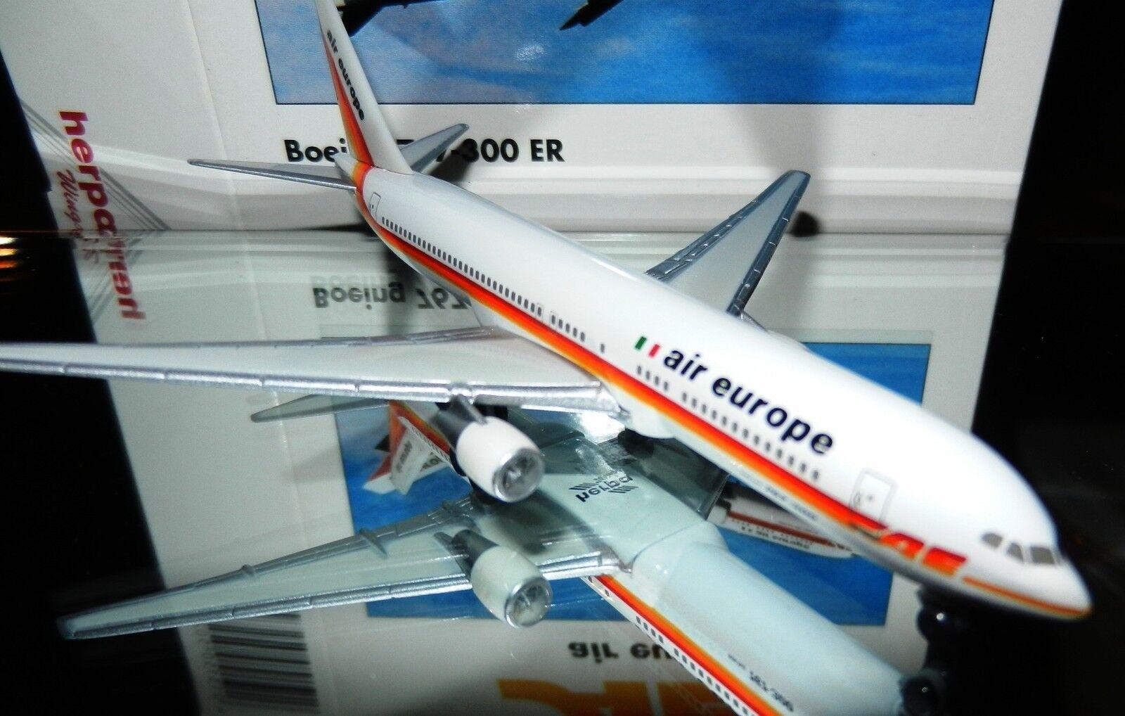 Herpa 502740 air europe AE Boeing 767-300 ER 1 500 Scale Mint in Box RETIRED
