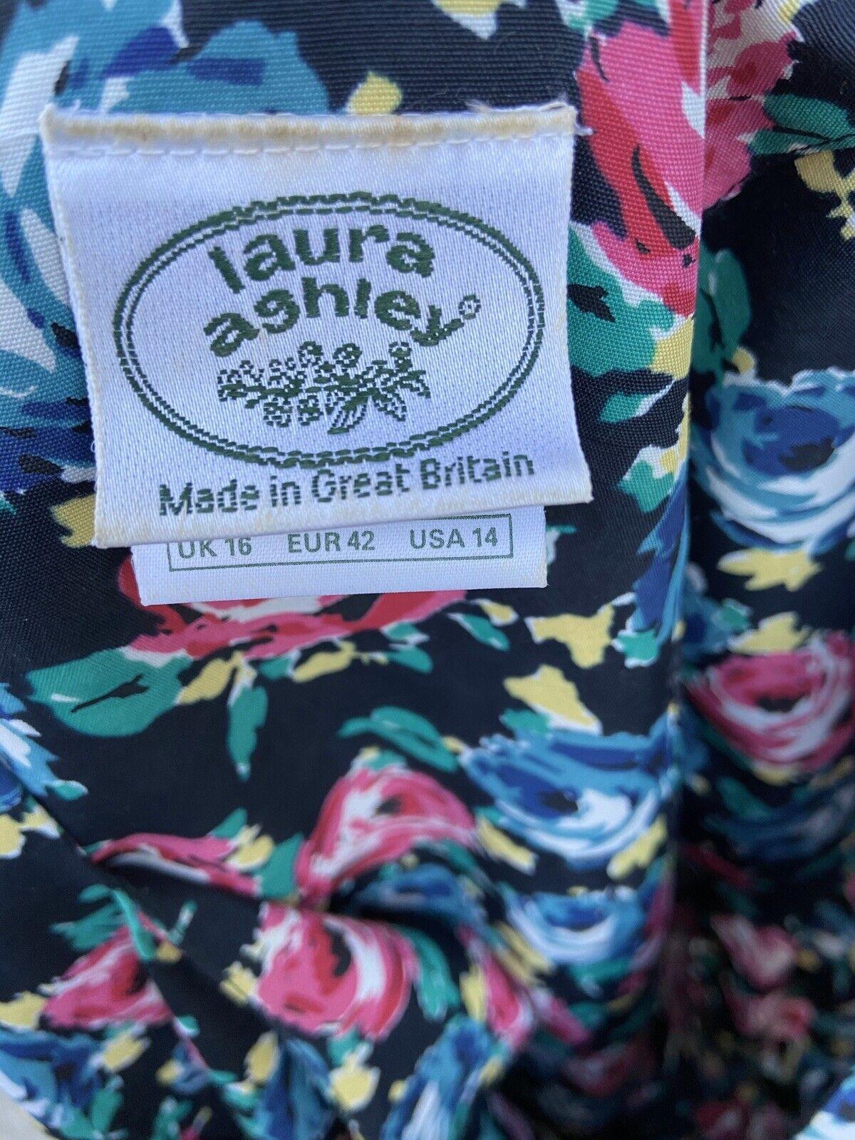80s 90s Vtg Floral Print Laura Ashley Dress Cotta… - image 9